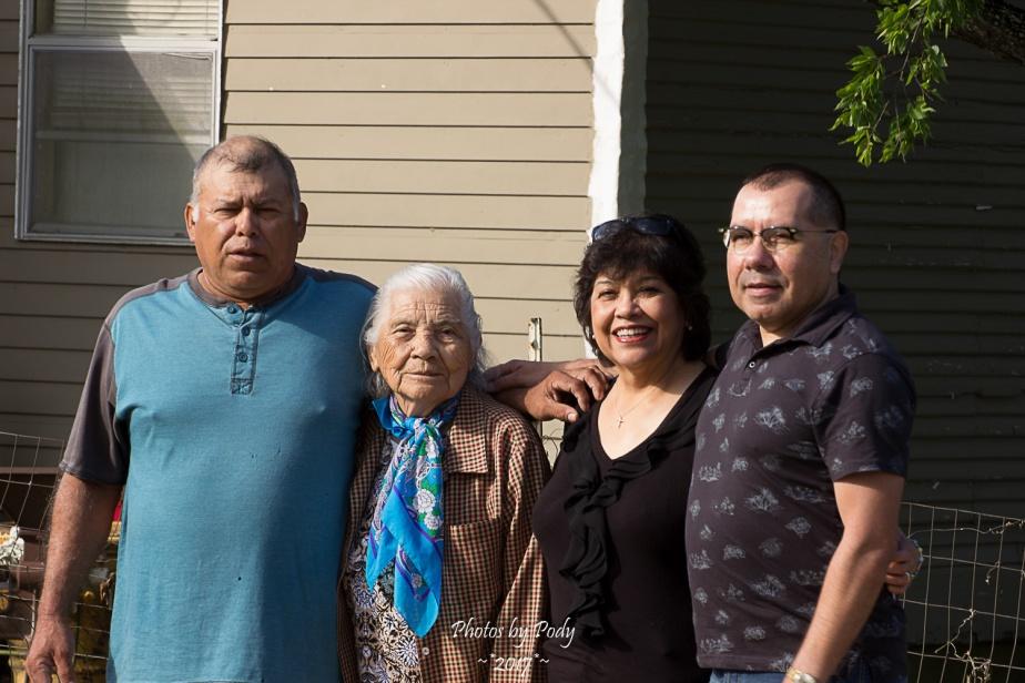 Perez Family_20170430_011